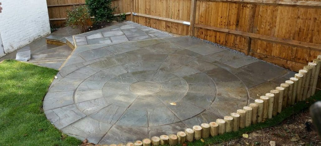 Cherry Field rounded timber edging